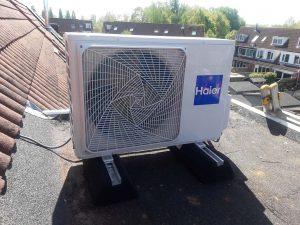 airconditioner op het dak